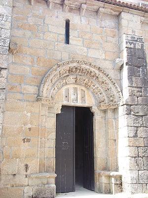Monastery of Carboeiro - Image: Carboeiro ext 5