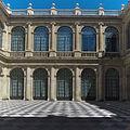 Casa Lonja de Sevilla. Patio.jpg