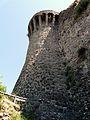 Castiglione di Garfagnana-mura e torri10.jpg