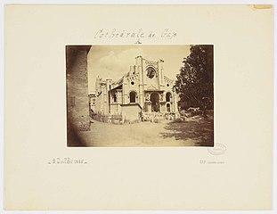 Photographie du côté de la façade occidentale en cours de construction de la cathédrale de Gap