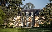 Château de Gringuenières.jpg