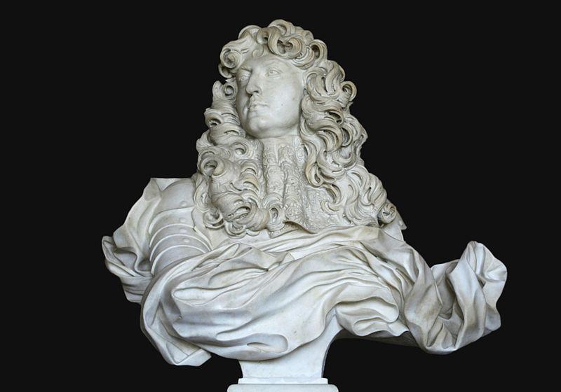 Fichier:Château de Versailles, salon de Diane, buste de Louis XIV, Bernin (1665) 03 black bg.jpg