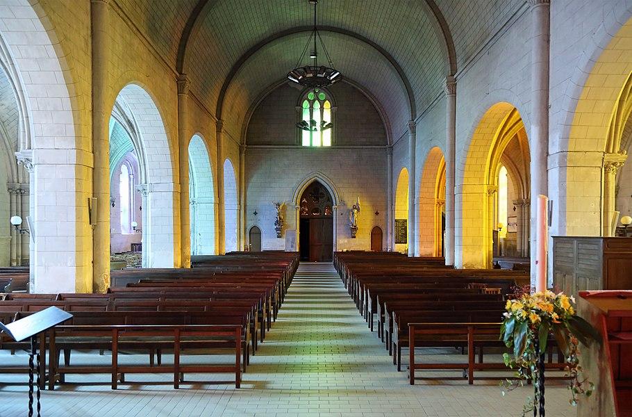 Chalonnes-sur-Loire (département Maine-et-Loire, France): interior of Saint-Maurille church