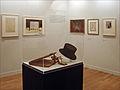Chapeau et objets de Serge Diaghilev (les Ballets russes, Opéra) (4549750589).jpg