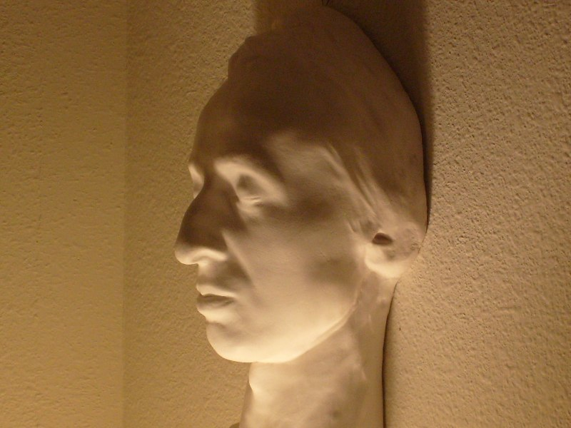 Chopin death mask, side view (collection of Jack Gibbons)