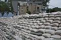 City of Parkville sandbagging efforts June 2011 (5840368910).jpg