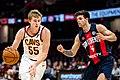 Cleveland Cavaliers vs. San Lorenzo (948885388591).jpg