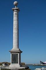 colonne commémorative du débarquement de Louis XVIII à Calais