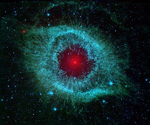 Comet nucleus - The Helix Nebula has a cometary Oort cloud