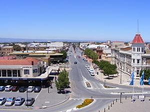 Port Adelaide Lighthouse - Image: Commercial Road Port Adelaide from the lighthouse 2007
