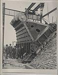 Construction of Sydney Harbour Bridge main bearing, 1927 (8283744212).jpg