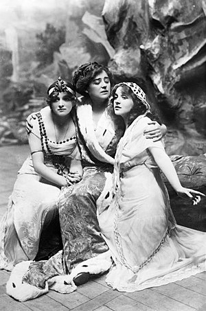 Patricia Collinge - Gladys Cooper, Alexandra Carlisle and Patricia Collinge in the Drury Lane production of Everywoman (1912)