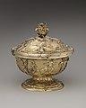 Covered bowl MET DP-1716-030.jpg