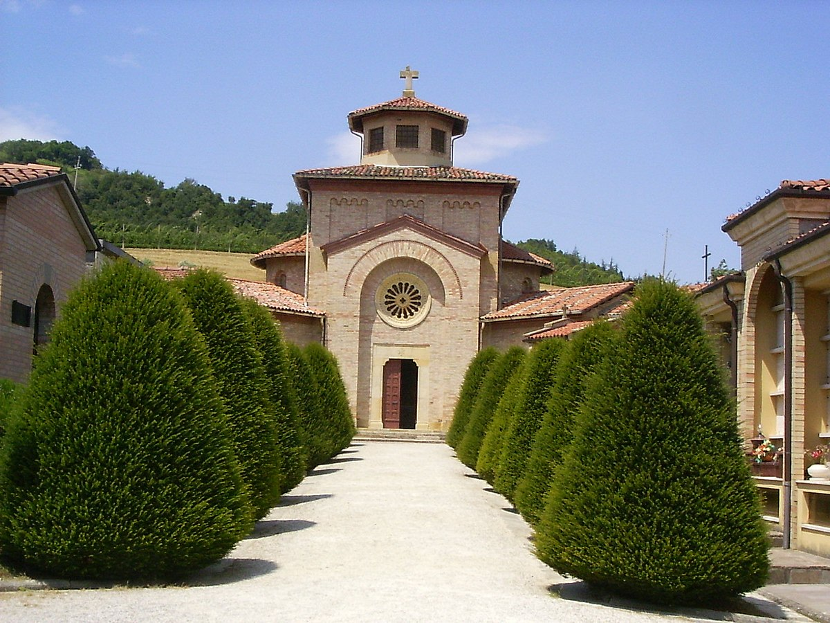Cimitero Monumentale Predappio Fc cripta mussolini - wikipedia