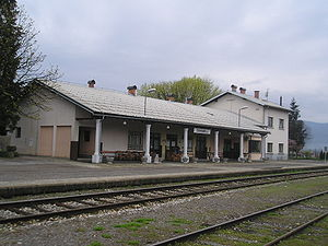 Crnomelj-train station.jpg