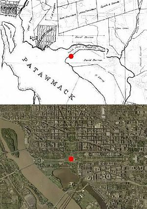 Jefferson Pier - Location of Jefferson Pier on 1800 map (top) and modern satellite image (bottom).