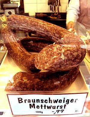 Braunschweiger (sausage) - Image: DEU Mettwurst 96 MSZ111117
