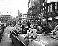 Dam tot Dam race , eerste dag, mevrouw Bonke te Amsterdam, Bestanddeelnr 910-6146.jpg