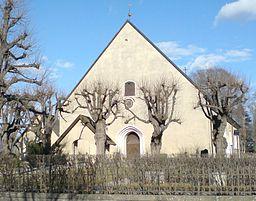 Danderyds kirke i april 2009