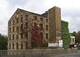 Deighton, Huddersfield - Image: Deighton Mills