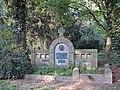 Denkmal-Koeln-357-friedhof feltenstr bild 4.jpg