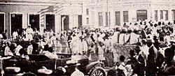 Desfile na Avenida Alves Pereira (Jequié) - 1928.jpg