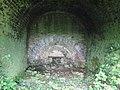 Disused limekiln fireplace - geograph.org.uk - 1883785.jpg