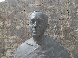 Rajmund Kupareo - Monument in Vrboska