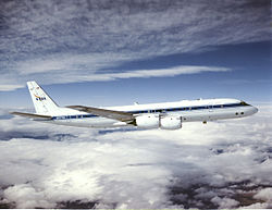 Douglas DC-8 72 side view.jpg
