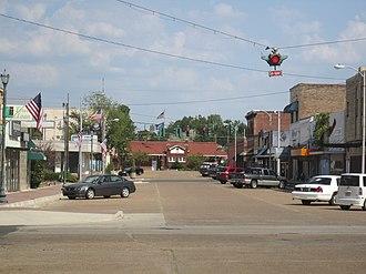 Vivian, Louisiana - A look at downtown Vivian