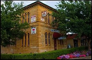 "Talbragar Shire Council Chambers ""Heritage place or item located at Macquarie Street, Dubbo New South Wales, Australia"""