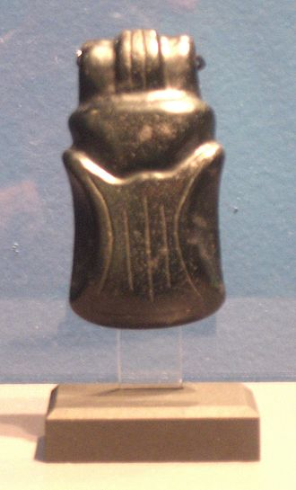 Tuxtla Statuette - A black jade duckbill pendant from the Olmec culture, dated from 1000 BCE to 300 BCE, or at least 400 years earlier than the Tuxtla Statuette.