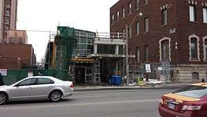Dufferin station 20140308.jpg