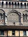 Duomo di Ferrara - Porta dei Mesi - panoramio.jpg