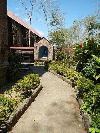 San Vicente Ferrer Church (Dupax del Sur) - Image: Dupax Church Complex 9671 38