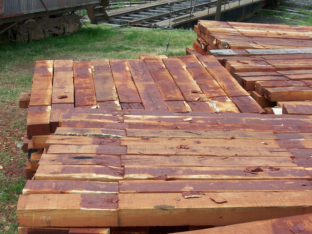 Traviesa de madera wikipedia la enciclopedia libre for Como tratar la madera