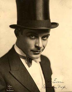 Earle Foxe American actor