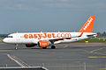 EasyJet, G-EZWI, Airbus A320-214 (16430714956).jpg