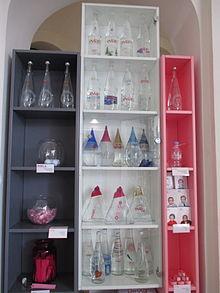 Vian eau min rale wikip dia - Collection bouteille evian ...