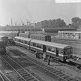 Eerste metro treinstel gearriveerd op Vierhavenstraat, Bestanddeelnr 919-2619.jpg