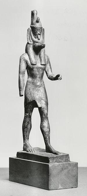 Abuwtiyuw - Statue of Anubis