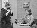 Elise Hoomans en Jopie Koopman (1959).jpg