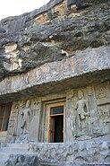 Ellora cave02 001