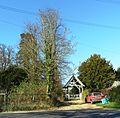 Entrance to Hoxne churchyard (geograph 2934079).jpg