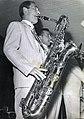 Enzo Lorusso al sax baritono.jpg