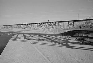 El Paso and Southwestern Railroad - El Paso and Southwestern Railroad bridge over the Rio Grande near El Paso, Texas, circa 1968