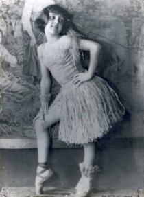 Eva Todor (1930).png