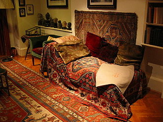 Freud Museum - Freud's couch