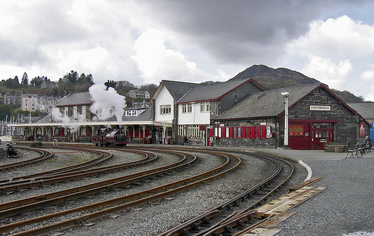 Porthmadog Harbour railway station - Wikipedia