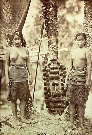 Kristen Feilberg - Dayak women from Borneo by Kristen Feilberg (1860s)